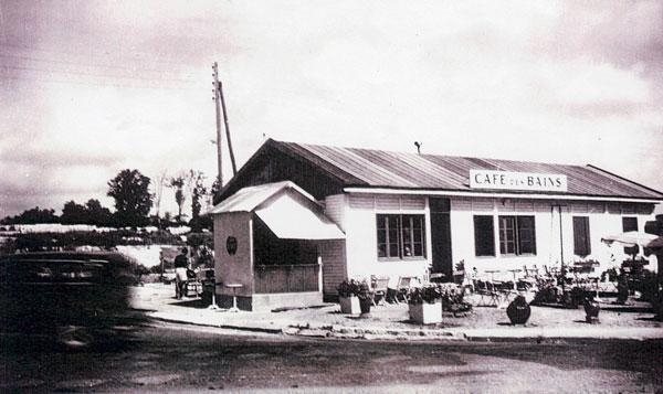 Le café des pendant pendant la reconstruction